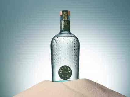 BEST AWARDS Island Gin 1
