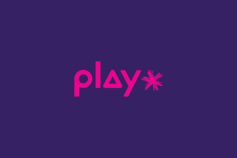 PLAY 01 Logo